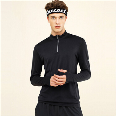 Half-zip hole long-sleeves tee