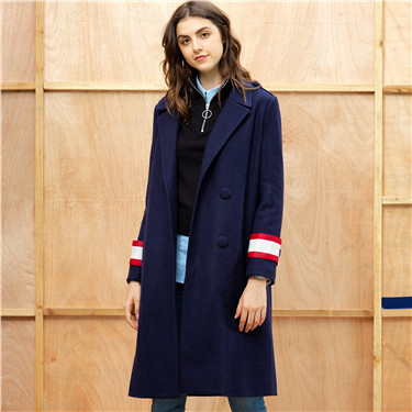 Lapel collar woolen coat