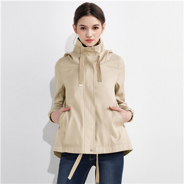 Casual hooded windbreaker