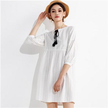 胸前系绳灯笼袖麻棉衬衫裙